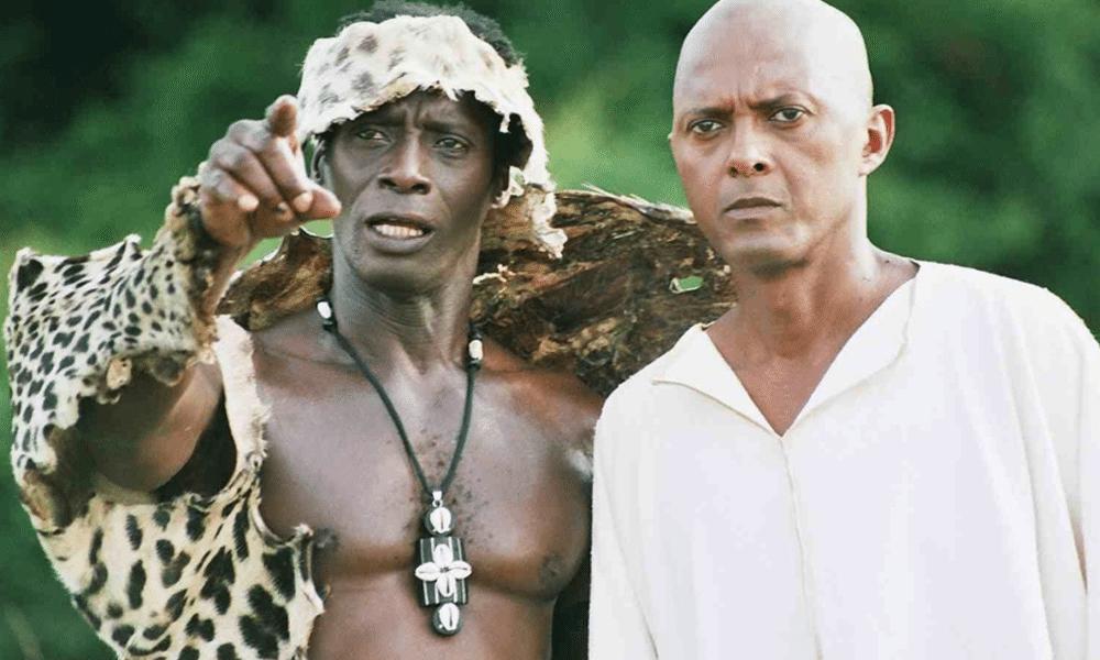 Sigiri-Bakaba-avec-Luc-St-Eloy-dans-Lost-Heritage-un-film-de-Christian-Lara